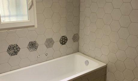 Rénovation d'unesalles de bains clé en mains à BOURGOIN-JALLIEU